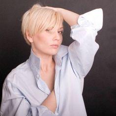 Jak zachować młody wygląd i czym zachwycają kosmetyki z kolagenem rozmawiamy z Moniką Jarosińską, aktorką i piosenkarką, która przetestowała kosmetyki Colway i jest nimi zafascynowana.  http://instytutmlodosci.com.pl/kosmetyki-z-kolagenem-pomogly-mi-odzyskac-blask-cery-i-zachowac-zdrowie/