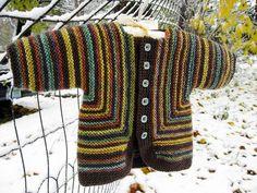 Baby Surprise Jacket by Elizabeth Zimmermann // Natali Yaxont Knitting For Kids, Crochet For Kids, Free Knitting, Baby Knitting, Crochet Children, Vogue Knitting, Knitted Baby, Lace Patterns, Knitting Patterns