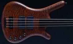 Warwick Corvette Standard fretless 4 string bass 1998 Second Hand Bass Guitar Stock :: For sale, UK, On offer, Bass Direct