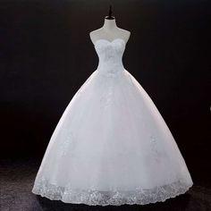 Robe de mariée blanche pas chère bustier coeur bas ballon brodé