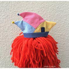 Mini Narrenkappe– Karnevalskappe blau-rosa-gelb | RENT A TAILOR