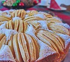 """""""Apfelkuchen""""~ German Apple Cake http://www.quick-german-recipes.com/german-apple-cake-recipe.html"""