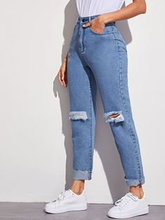 We are a store, we 've been producing Dress for about 5 years. Cute Ripped Jeans, Mom Jeans, High Wasted Jeans, Western Outfits, Fashion Outfits, Fashion Tips, Pants For Women, Street Wear, Cute Outfits