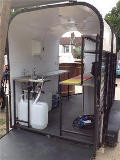 Horse float food truck.