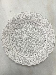 Dot Art Painting, Ceramic Painting, Pottery Painting, China Painting, Plate Wall Decor, Turkish Art, Ceramic Plates, Decorative Plates, Sgraffito