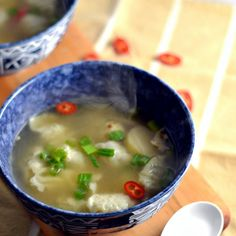 The Foodie Couple: Simple Chicken Won Ton Soup