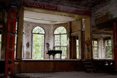 Abandoned lung sanitarium near Berlin, Germany. Old Pianos, Piano Room, Abandoned Mansions, Berlin Germany, Lunges, Wander, Windows, Explore, Architecture