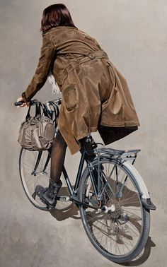 Absolutely Gorgeous and Realistic Bicycle Paintings by Marc Figueras Painting People, Figure Painting, Painting & Drawing, Bicycle Painting, Bicycle Art, Hyper Realistic Paintings, Spanish Art, Cycling Art, Art Mural