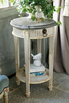 Our petite Flemish Planters Table makes a lovely end table or plant stand - inspired by a French antique piece.