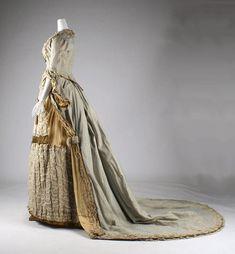molena   бальные и вечерние платья 1880-1890 гг из коллекции Metropolitan Museum   Dress (1880) Side View