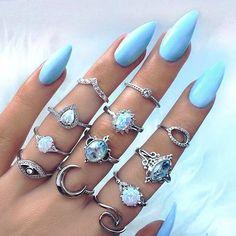 Quero estas unhas para o final de semana! A gente necessita
