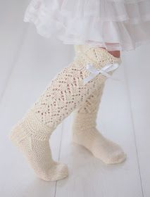 Life with Mari: Prinsessan pitsiunelmat ♥ Ethnic Patterns, Drops Design, Crafts To Do, Leg Warmers, Knit Crochet, Socks, Couture, Knitting, Children