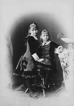 The Princesses Alix and Marie of Hesse, 1878 [in Portraits of Royal Children Vol.23 1878-79] | Royal Collection Trust