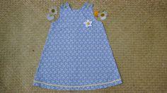 Sur commande: Robe imprimée de marguerites pour fillette de 6 mois à trois ans : Mode Bébé par la-vallee-heureuse-creations