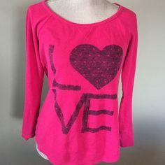 American Eagle tee Great LOVE tee. Dark pink American Eagle Outfitters Tops Tees - Long Sleeve