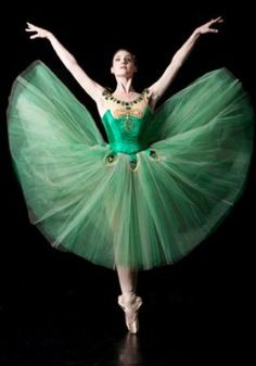 ✿ Ballet West Demi-Soloist Emily Adams ~ Photo by Erik Ostling ✿.so proud of you Emily (my former hotel-mate at Suzanne Farrell Ballet) Ballerina Dancing, Ballet Tutu, Ballet Dancers, Ballerinas, Shall We Dance, Lets Dance, Ballet Style, George Balanchine, Dance Like No One Is Watching