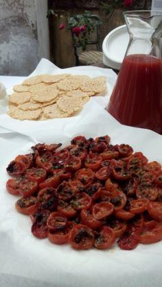 Pomodorini gratinati con cialdine di parmigiano