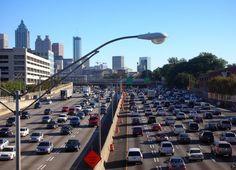 Il y a un étrange phénomène relié aux bruits de la circulation automobile...