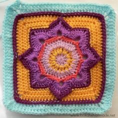 Eight Pointed Flower Round 12 Complete Block 7:  {Photo Tutorial}