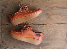 1970s platform oxfords / Bass shoes / platforms