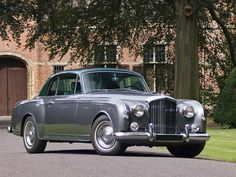 1955 Two-door Saloon by Park Ward (chassis design Bentley Bentley Motors, Bentley Car, Classic Motors, Classic Cars, My Dream Car, Dream Cars, Classic Rolls Royce, Bentley Rolls Royce, Automobile