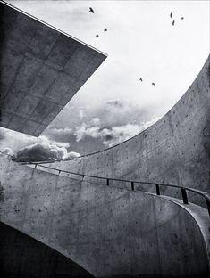 Hyogo Prefectural Museum of Art. Kobe, Japan - Tadao Ando. Photo by dai oni