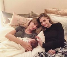 Taylor Swift Snuggles with Her Godson, Pal Jaime King's Boy, in Sweet Throwback Snap – Breaking Celeb News, Entertainment News, and Celebrity Gossip Estilo Taylor Swift, Selena And Taylor, Taylor Swift Music, Taylor Swift Fan, Taylor Swift Pictures, Taylor Alison Swift, Jaime King, Cute Couple Quotes, Miss Americana