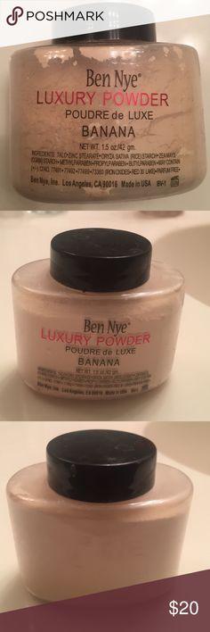 Ben nye luxury banana 🍌 powder 1.5 oz size Used three to four times / ben nye  Makeup Concealer