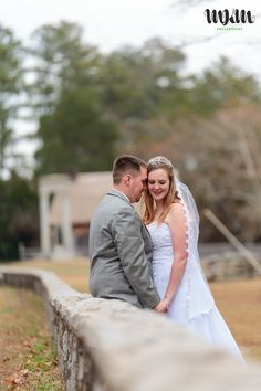 Bennett Place newlywed couple's portrait session || Raleigh Durham wedding photographer || MKM Photography, http://mkm.photos