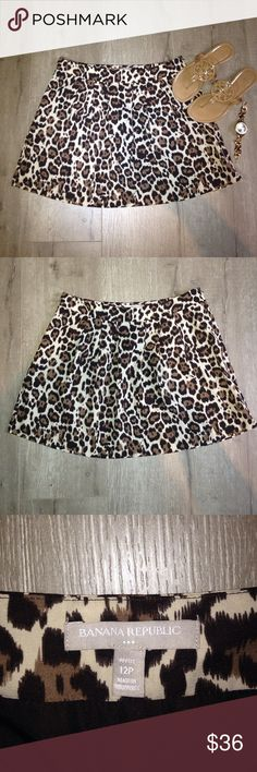 BANANA REPUBLIC cheetah print lined skirt This banana republic skirt is brand new, never worn. High quality, made extremely well. Has a brown slip built in. Zipper and clasp on the side. NWOT originally &69 this is petite so it's best for someone 5'5 or under! 😊 Banana Republic Skirts A-Line or Full