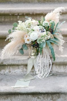 wedding bouquet with french vibe