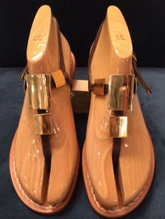 Via Capri, 34 is a luxury line of custom handmade sandals from Capri. Via Capri, 34 is located in Palm Beach on Worth Avenue. Different Styles, Clogs, Capri, Pasta, Sandals, Handmade, Blue, Clog Sandals, Shoes Sandals