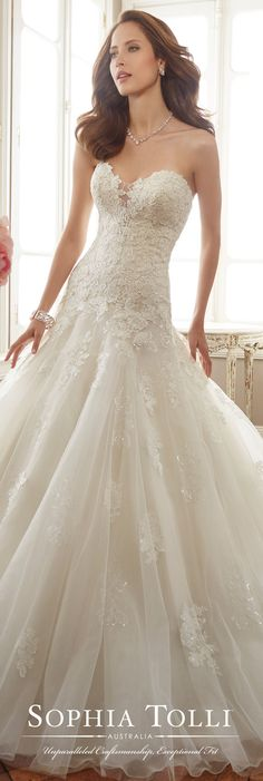 Sophia Tolli Spring 2017 Wedding Gown Collection - Style No. Deon - strapless tulle and lace fit a Sophia Tolli Spring 2017 Wedding Gown Collection - Style No. Deon - strapless tulle and lace fit and flare wedding dress Fit And Flare Wedding Dress, Sweetheart Wedding Dress, New Wedding Dresses, Bridal Dresses, Wedding Shoes, Drop Waist Wedding Dress, Lace Wedding, Sofia Tolli Wedding Dress, Wedding Skirt