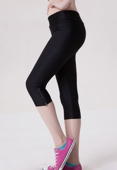 Black Side Zippered Fluorescent Short Leggings