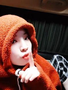 Twice Dahyun, Korean Group, Bts, Rapper, Winter Hats, Kpop, Celebrities, Queens, Random
