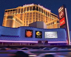 Planet Hollywood Las Vegas - Stayed here - I loooooved the rooms!
