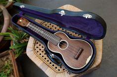 A Martin ukulele from Hardly ever been played. Collecting vintage ukuleles is a hobby of mine. Ukulele Case, Cool Ukulele, Uke Songs, Music Gifts, Band Merch, Vintage Guitars, Orchestra, Musical Instruments, Four Square