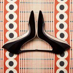 Seeing double! The tuxedo pumps in black #gianvitorossisignatures