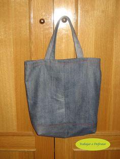 Reusable Tote Bags, Diy, Sachets, Manualidades, Bricolage, Handyman Projects, Do It Yourself, Fai Da Te, Crafting