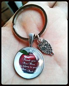 Personalized custom gift for teacher key chain pendant teacher appreciation gift from student/child/children,chrismas, apple, retirement