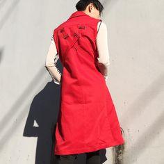いいね!19件、コメント1件 ― XANADU TOKYOさん(@xanadutokyostocks)のInstagramアカウント: 「ANNDIRK IZM NO SLEEVE COAT SIZE| 46 COLOR| RED/NVY COMPOSITION| 100% COTTON PRICE| ¥42000+TAX…」
