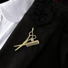 Luxusná brošňa v tvare nožničiek a hrebeňa