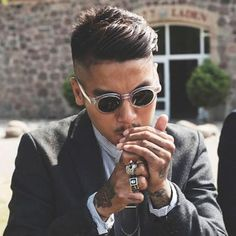 Looking for popular hairstyles for Asian men? Here we have gathered images of Asian Men Hairstyles that you may want to try any time soon! Classic Hairstyles, Hairstyles Haircuts, Haircuts For Men, Asian Hairstyles, Hairstyles For Asian Men, Barber Haircuts, Japanese Hairstyles, Female Hairstyles, Black Hairstyles