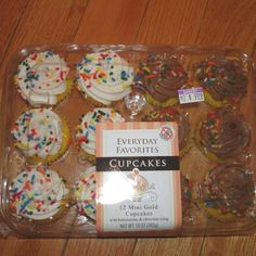 Everyday Favorites cupcakes are peanut & tree nut free and are carried by many Kroger stores. Great option for school or team parties so a nut allergic classmate can eat the same thing as his/her friends. Spread the word!