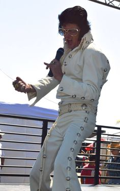 Steve Murphy honoring the KING with everything he's got at the 16th Elvis Festival at the OC Market Place