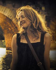 Julie Delpy in Before Sunrise, Before Sunset and Before Midnight Before Sunset Movie, Before Sunrise, Before Midnight, Julie Delpy, Before Trilogy, Tousled Hair, Inspirational Movies, Castle Rock, French Actress
