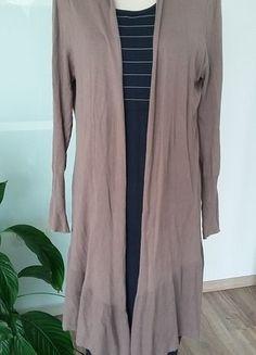 Kaufe meinen Artikel bei #Kleiderkreisel http://www.kleiderkreisel.de/damenmode/mantel-and-jacken-sonstiges/137830466-lange-leichte-strickjacke
