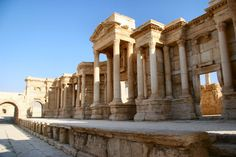 Islamic State 'Will Not Destroy' Palmyra Ruins in Syria - http://gazettereview.com/2015/05/islamic-state-will-not-destroy-palmyra-ruins-in-syria/