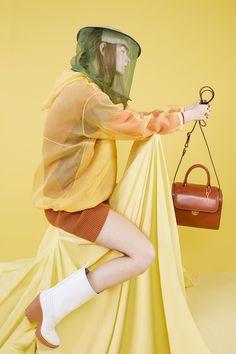 http://www.vogue.com/fashion-shows/resort-2017/maison-martin-margiela/slideshow/collection