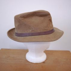 125ad18fa165a Vintage 70s Crushable Velour Velvet Leather Band Trilby Fedora Hat M 23